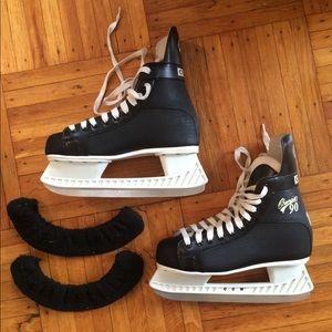Other - CCM Ice Hockey Skates Men's 8